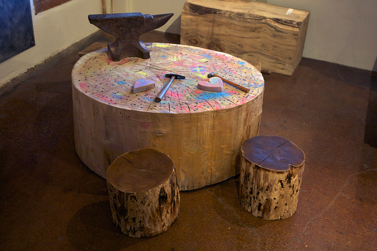 Cottonwood Stump Table with Stools